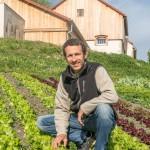 Denis-Auberger_-le-maraicher-de-la-ferme-modèle-associée-au-Château-du-Bost